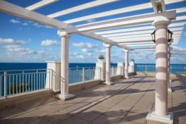 balcony railing accidents